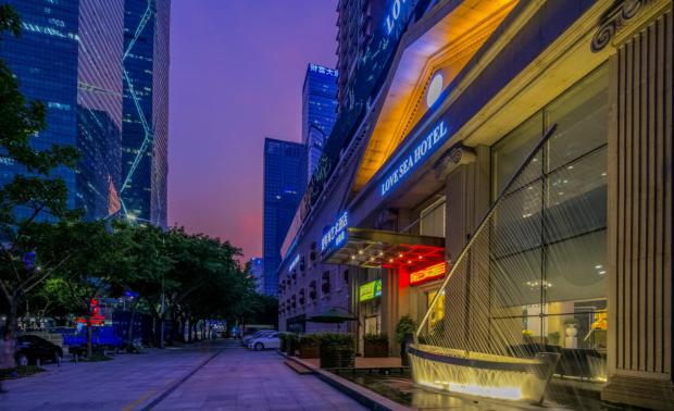 深圳高思迪赛设计:深圳爱琴海艺术酒店设计
