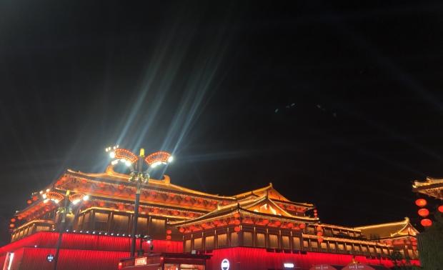 西安唐朝不夜城之游