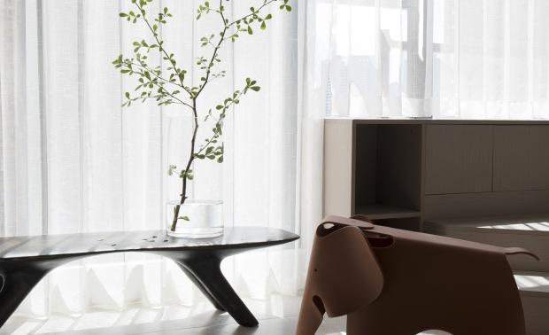 静下来享受时尚诧寂的温暖美宅